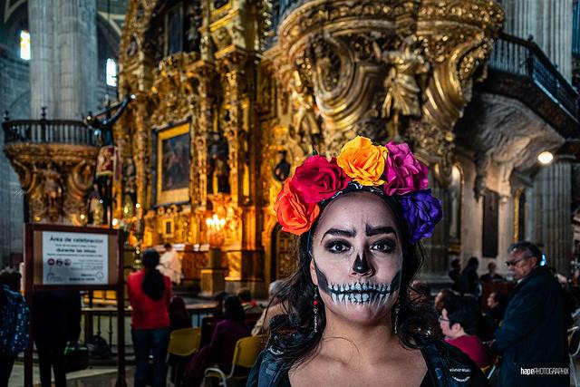 El día de los muertos en la catedral