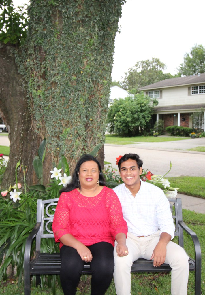 Senior Mother-Son (2020)