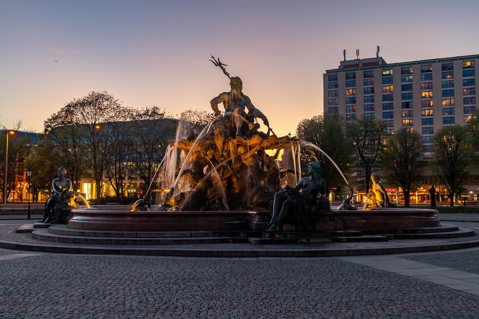 Abendlicher Neptunbrunnen