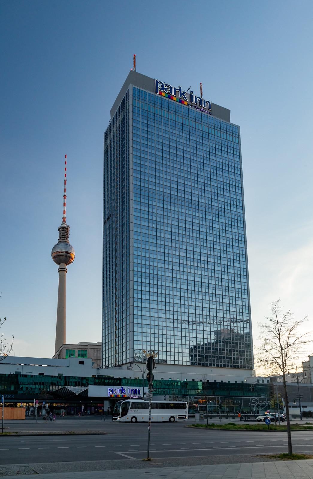 Park-Inn-Hotel & Fernsehturm