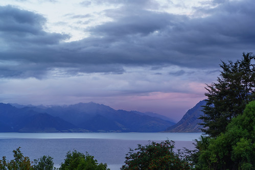lakehawea nz newzealand otago southisland sunset alps lake mountains