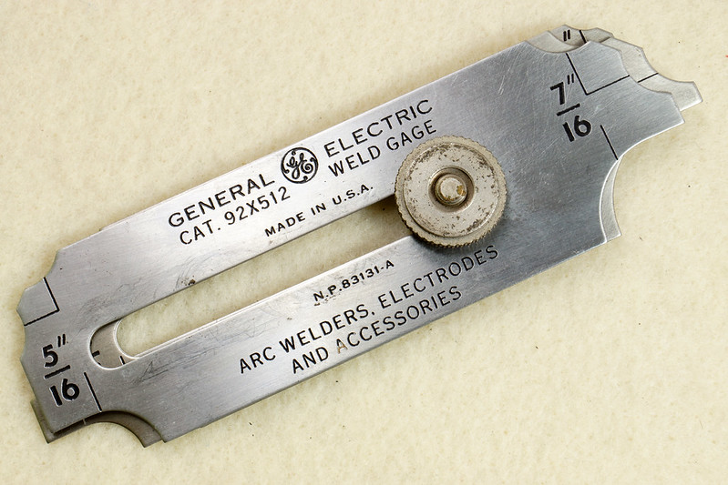 RD19911 Vintage General Electric Weld Gage Cat. 92x512 with Original Leather Case Made in USA DSC02935