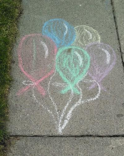 Chalk balloons #toronto #silverthorn #cloverdalerd #sidewalk #chalk #balloons #streetart #rainbow