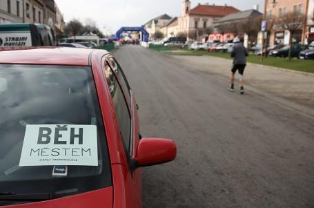 Běžecké závody vkoronačasech? Prázdné ulice a nabitý podzim