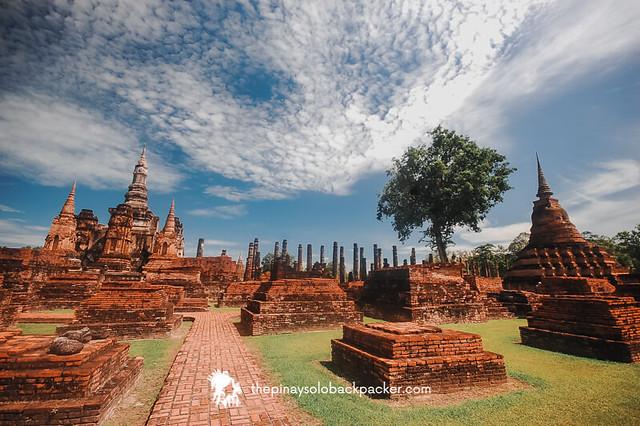 sukhothai travel guide: Sukhothai Historical Park