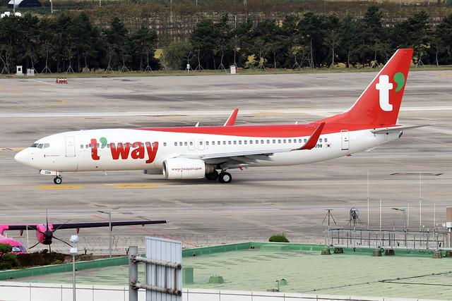 HL8098  -  Boeing 737-8K8 (WL)  -  T'Way Air  -  GMP/RKSS 6/10/19