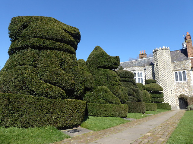 Topiary, Hall Place, Bexley, SE London