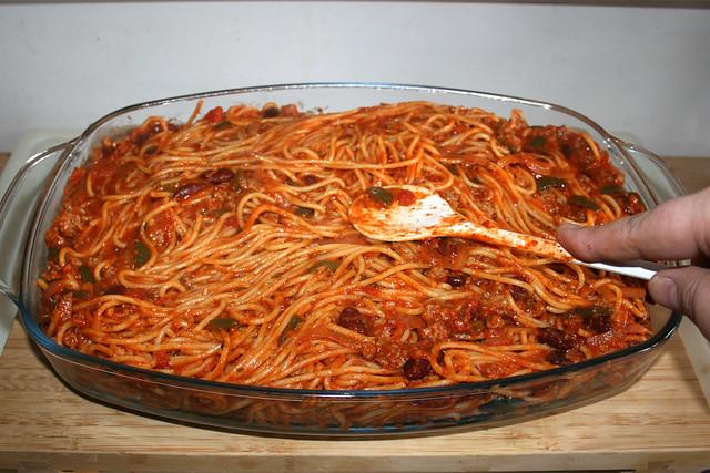 21 - Nudeln glatt streichen / Flatten noodles