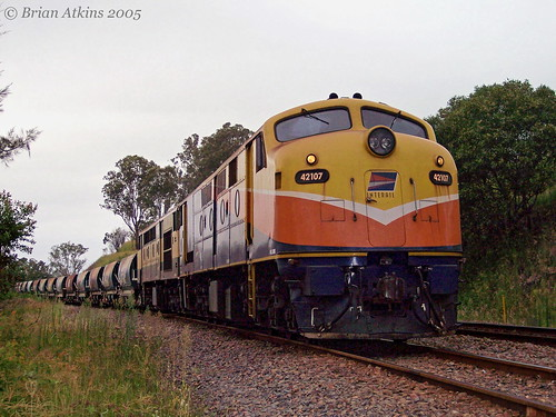 42107 42103 421class gm emd ballast wagons bulliac nsw newsouthwales australia train railway railroad locomotives