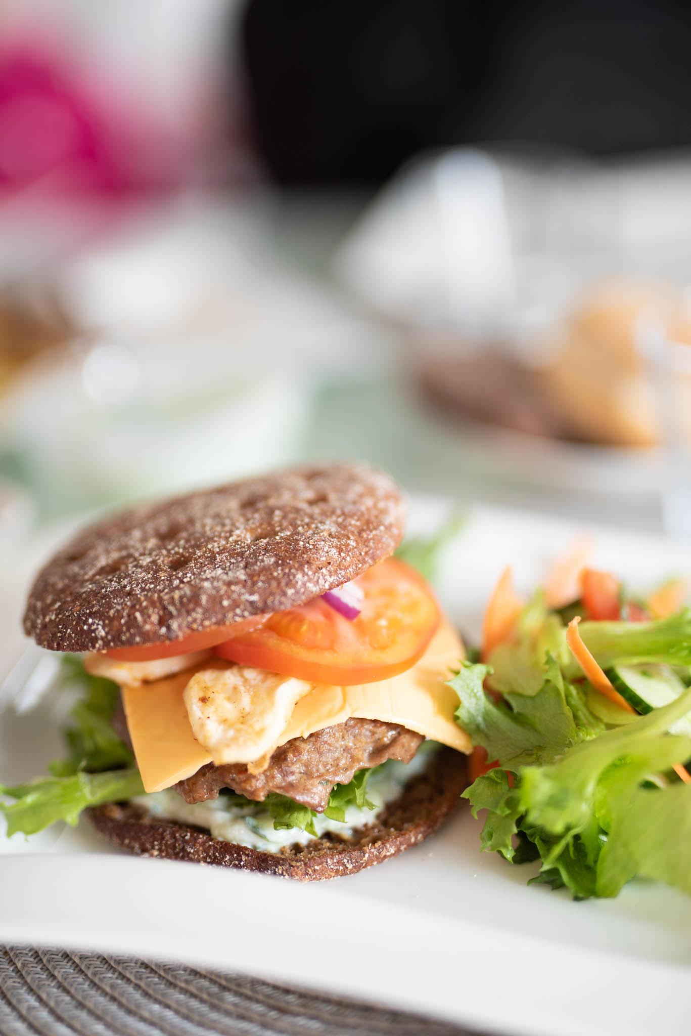 Itsetehdyt burgerit