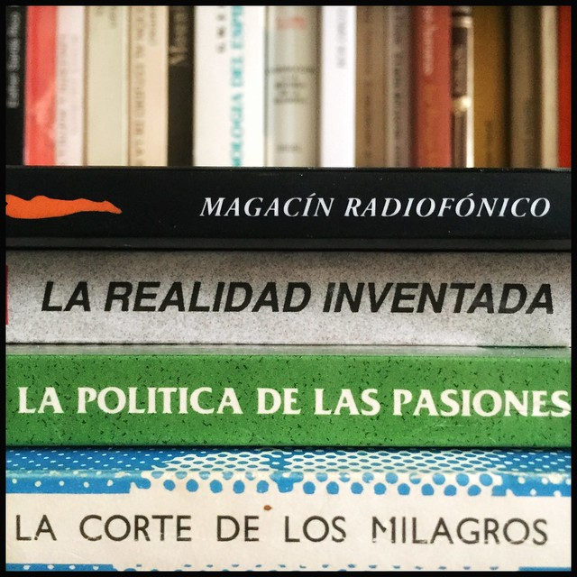 Magacín radiofónico en estado de alarma 25.4.20 #yomequedoencasa #frenarlacurva #haikusdestanteria #quedateencasa