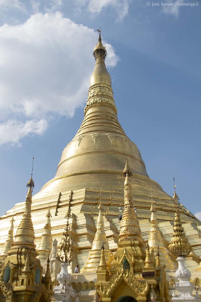 Kultainen Shwedagon-pagodi