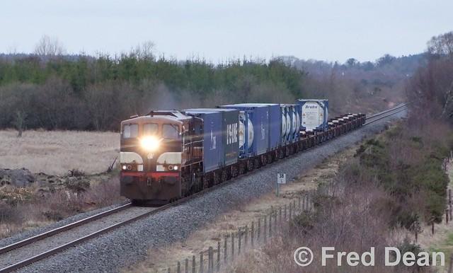 Irish Rail 084 at Cush.