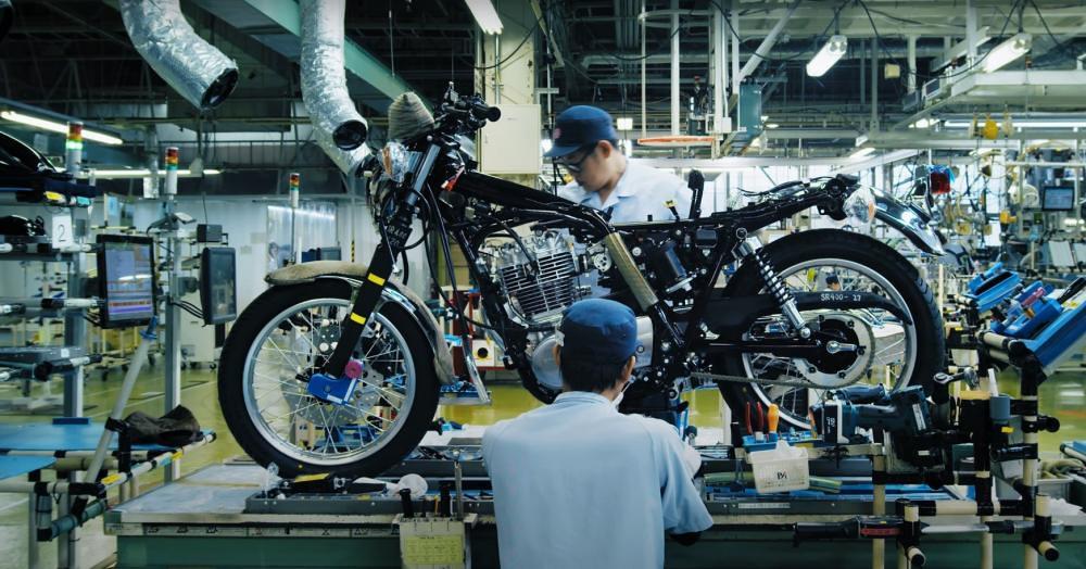 Yamaha SR400 Assy