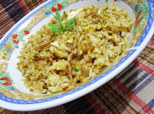 Kampung-style belacan fried rice 1