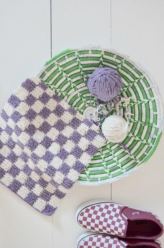 checkered crochet