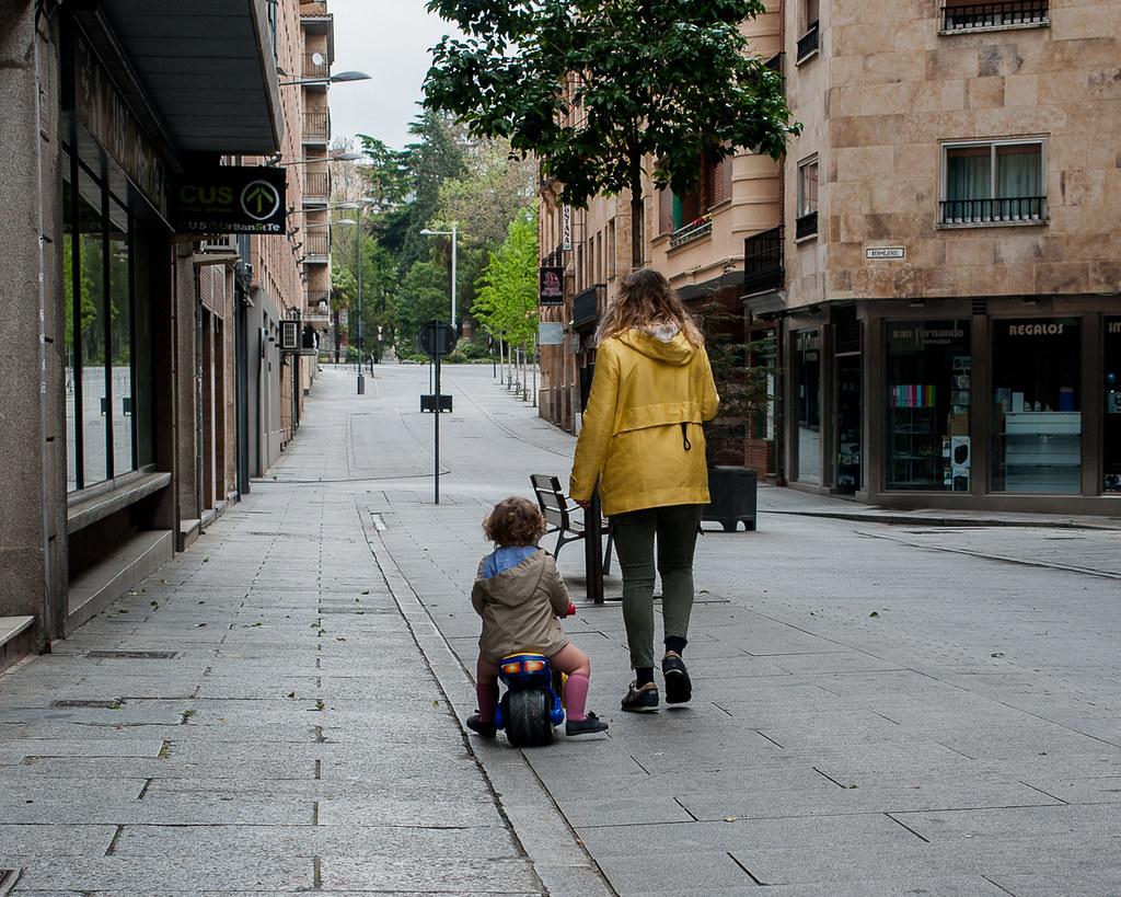 Niños en la calle, tras el confinamiento.  (25)