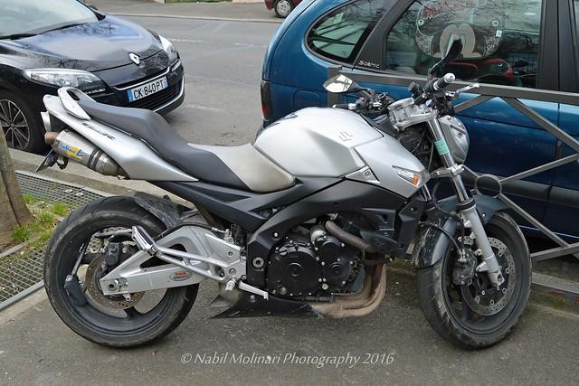 Moto : Suzuki