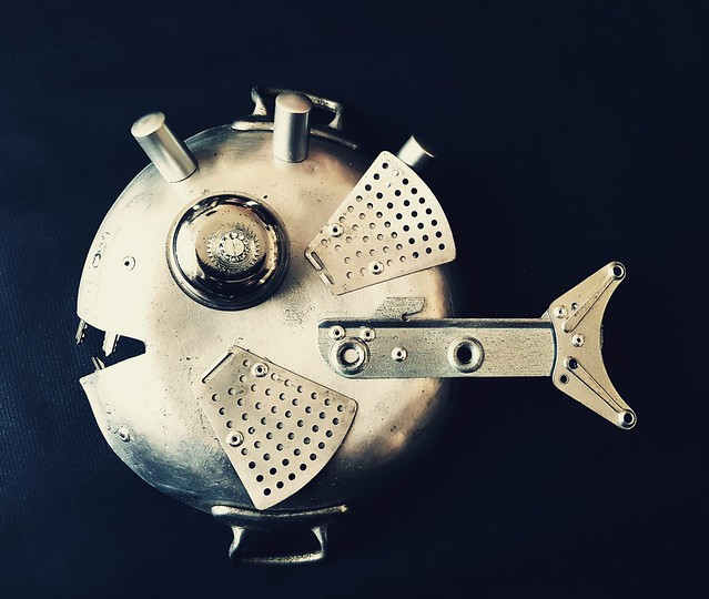 Recycled art sculpture fish