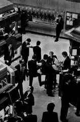 #2384-i-35   1-1987 City of London Stock Exchange