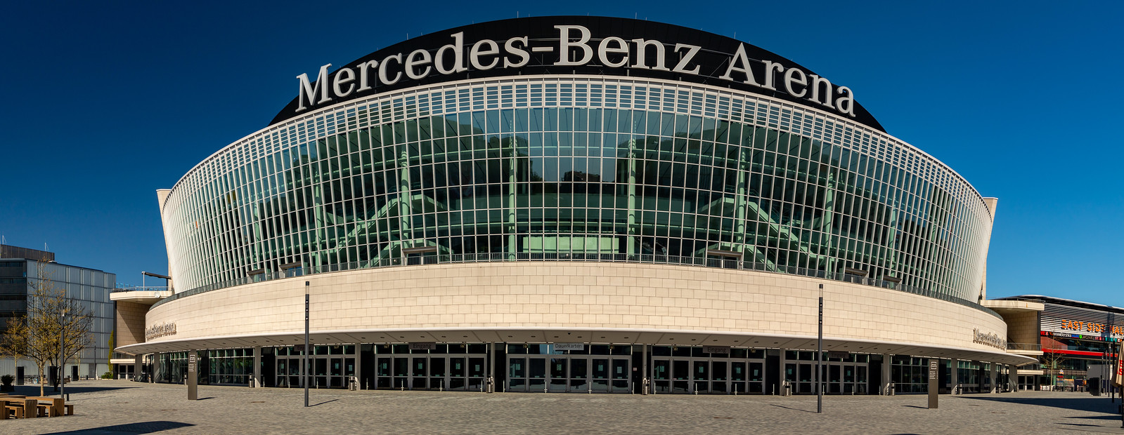 Die Mercedes-Benz-Arena