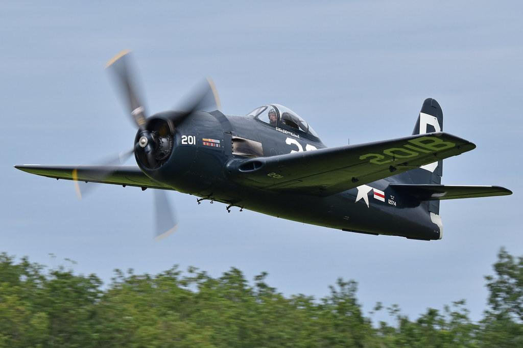 Grumman F8F-2P Bearcat '121714 / B-201' (G-RUMM)