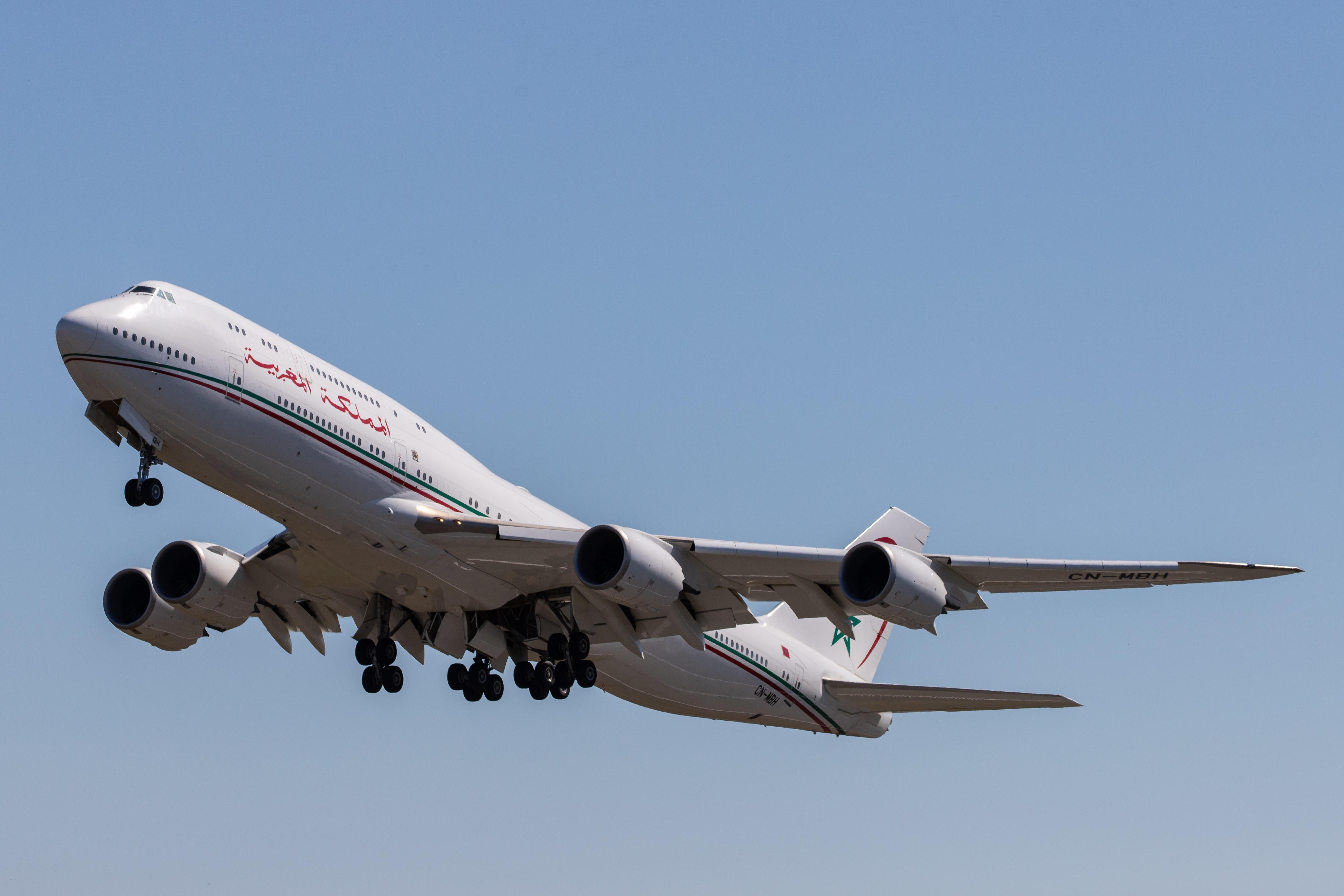 FRA: Avions VIP, Liaison & ECM - Page 24 49823303536_84068bc5f5_o_d
