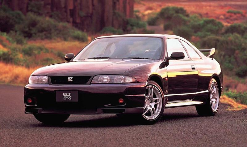 Nissan-Skyline-GT-R-R33