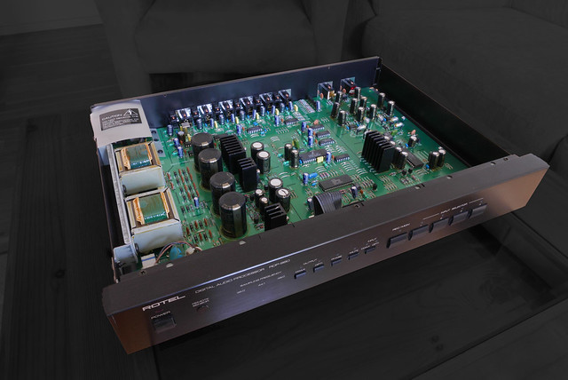 Rotel RDP-980 Digital to Analog