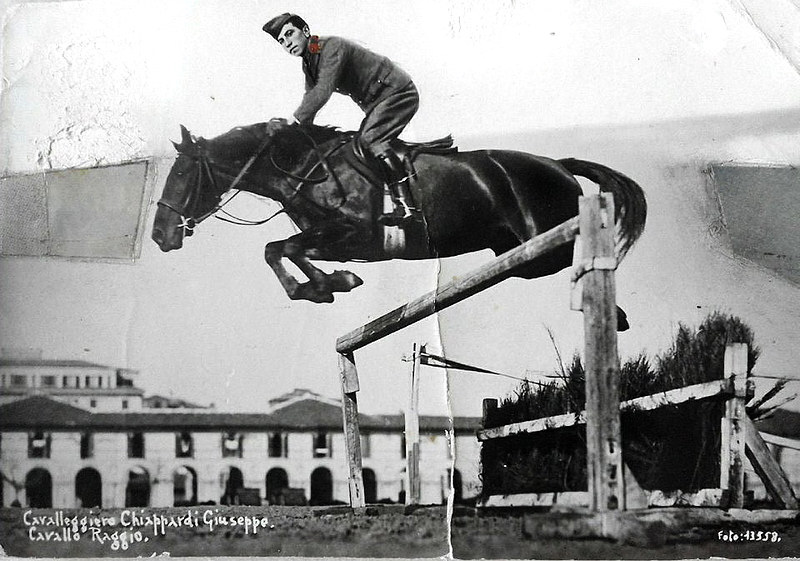 cavalleggero-giuseppe-chiappardi-zio-liliana-tierno-militare-di-cavalleria-194041_26190185288_o