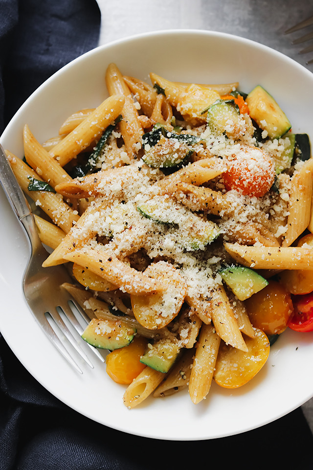 Whole Wheat Pasta and Summer Squash with Tomatoes, Basil, and Pine Nuts