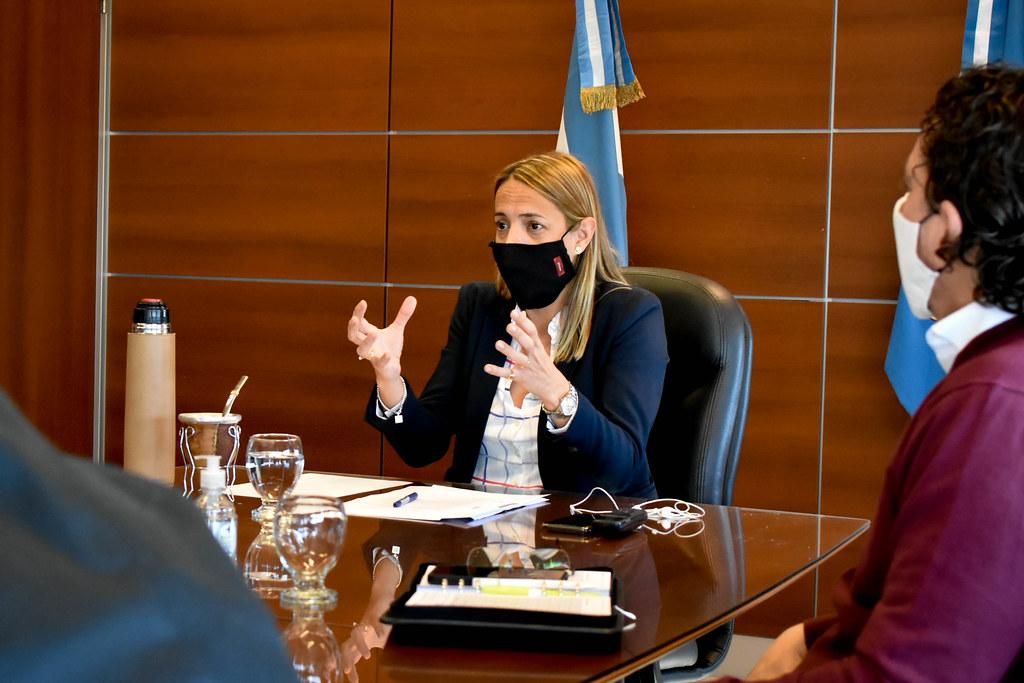 2020-04-27 GOBIERNO Reunión con ministerios