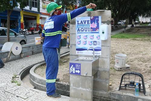 Instalação de pias públicas para pessoas em situação de rua é ...