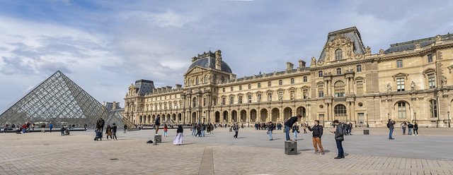 Louvre Pan 3 - Explore
