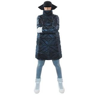 將嘻哈靈魂與雕塑藝術相結合的前衛造型! Taku Obata 立體作品Edition「B-GIRL Down Jacket NAGAME BLACK」