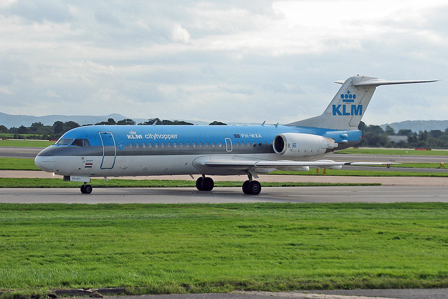 PH-WXA Fokker 70 KLM Cityhopper MAN 08-10-06