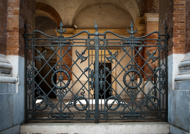 Imponente Cancello