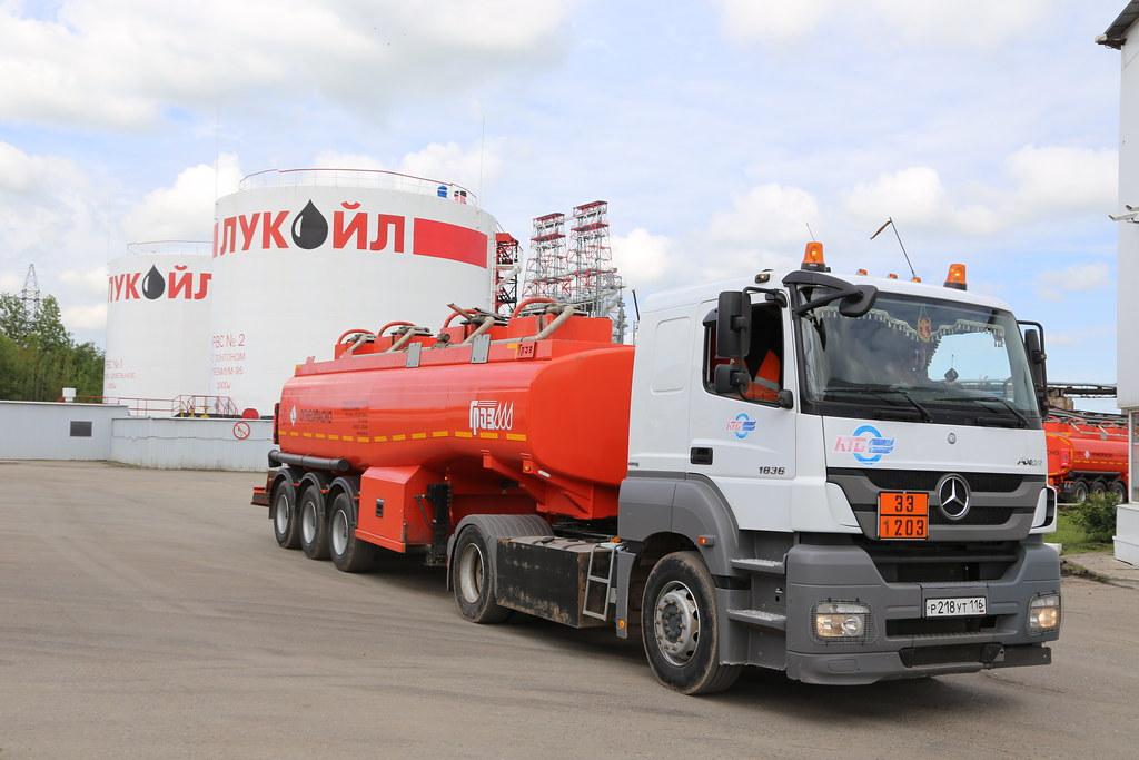 Лукойл переводит все свои НПЗ в Европе только на российскую нефть IMG_1378
