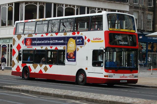 Lothian Buses Dennis Trident 690 SN04AED - Edinburgh
