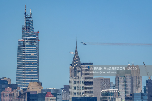 Blue Angels and Thunderbirds Fly Over NYC
