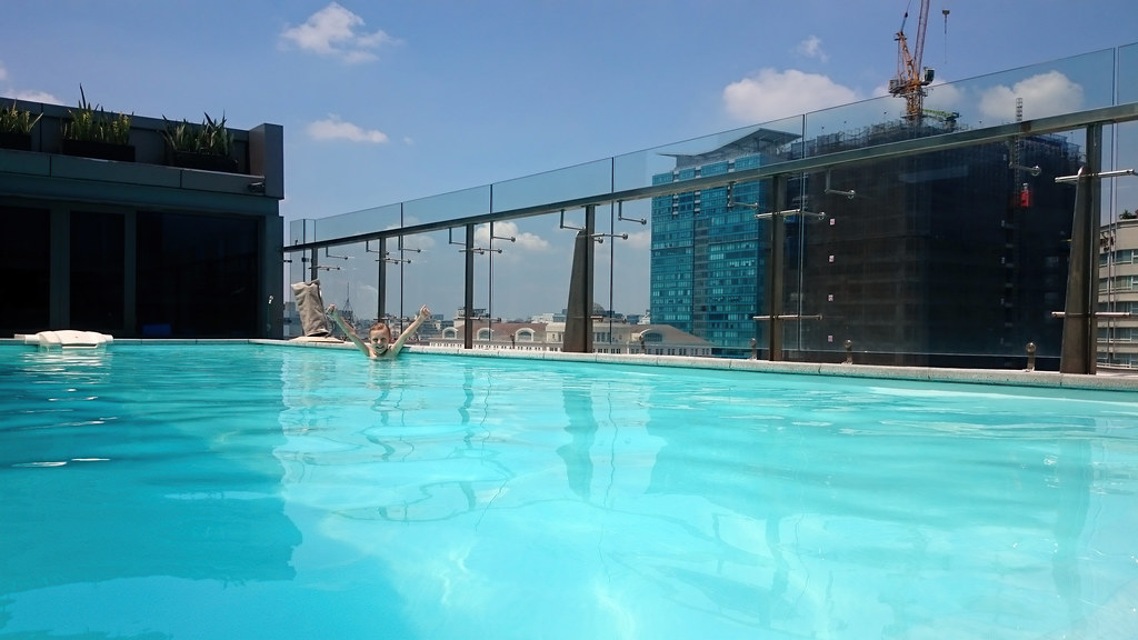 Pool with a View - TNY_3080