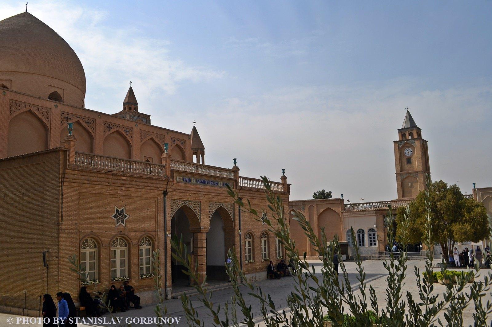 Нор-Джуга. Армянский беспредел в мусульманском Исфахане. armiane05
