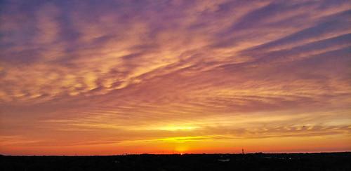 sunset tampa evening tampabay florida aerialphotography cloudporn valrico sunshinestate dji colorfulskys dronephotography mavicair brandonflorida valricoforest