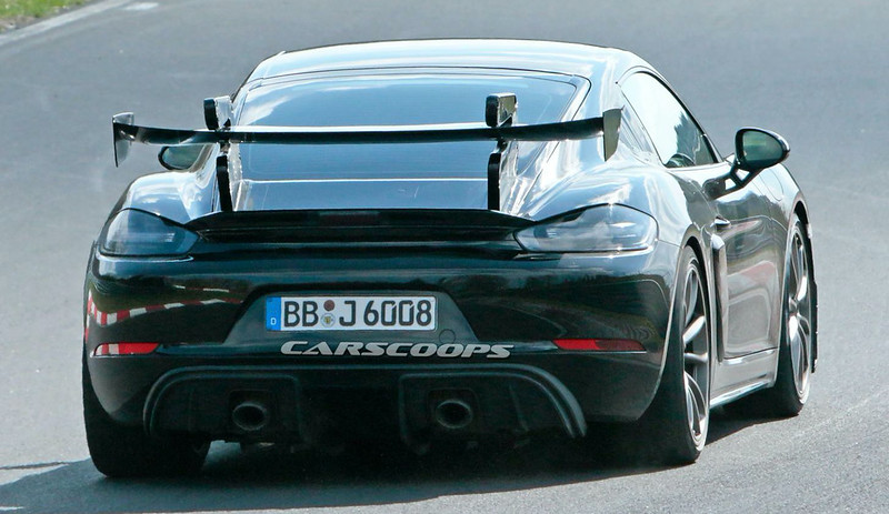2021-Porsche-718-Cayman-GT4-RS-spy-shots-on-the-Nurburgring-14