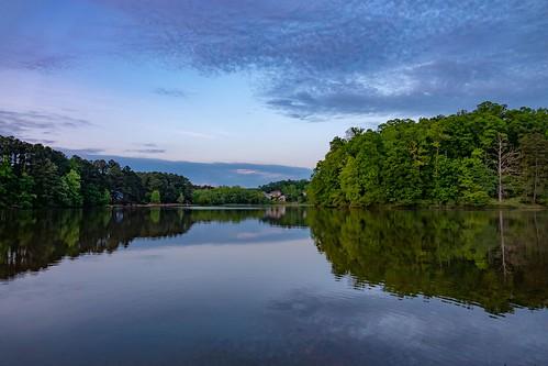 collins hill park gwinnett gwinnettcounty georgia ga lake reflection evening sunset water blue