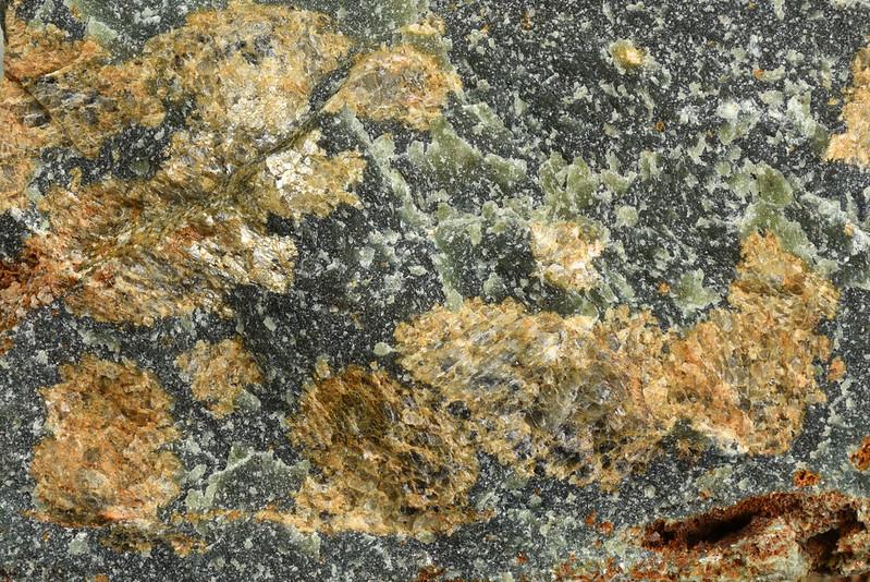マグネサイト / Magnesite