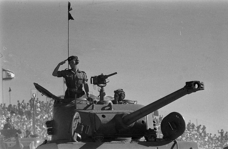 Sherman-M-50-id-parade-1958-ljh-1