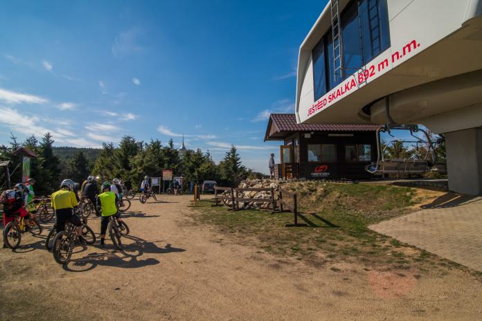 Skiareál Ještěd zahajuje letní sezónu 2020