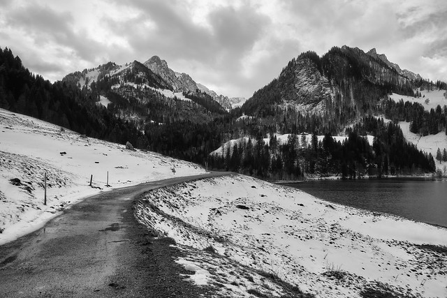 Black Lake – A windy afternoon