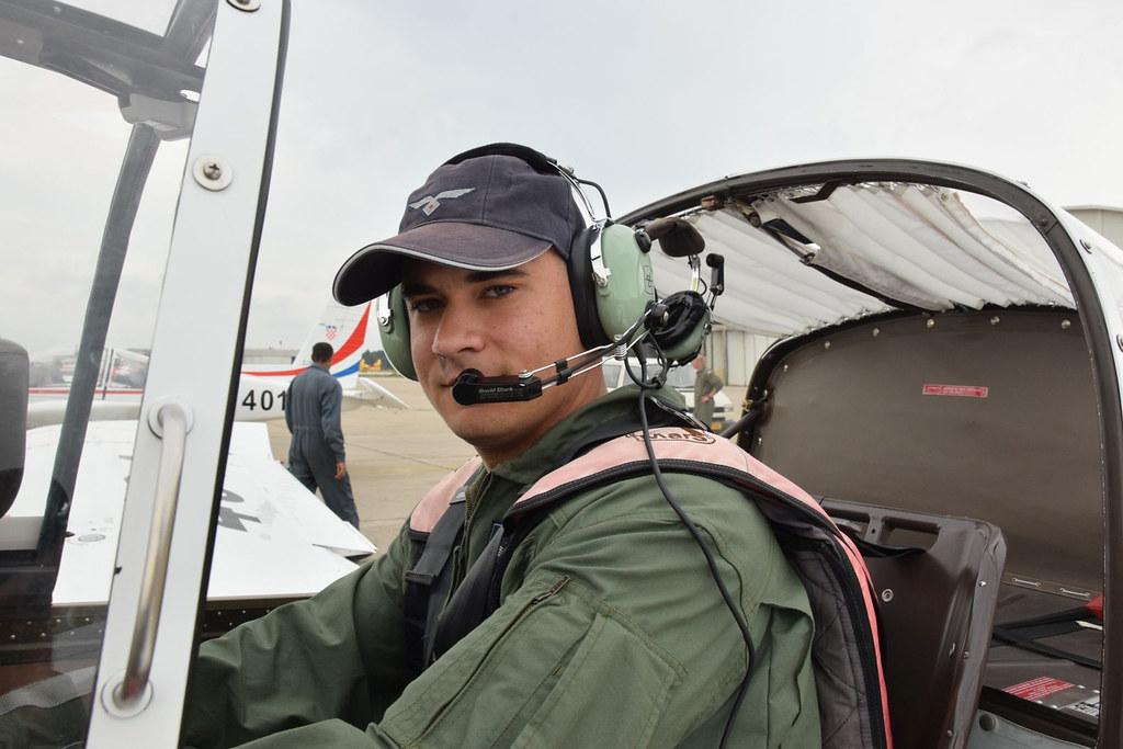 Kadeti izveli prve samostalne letove